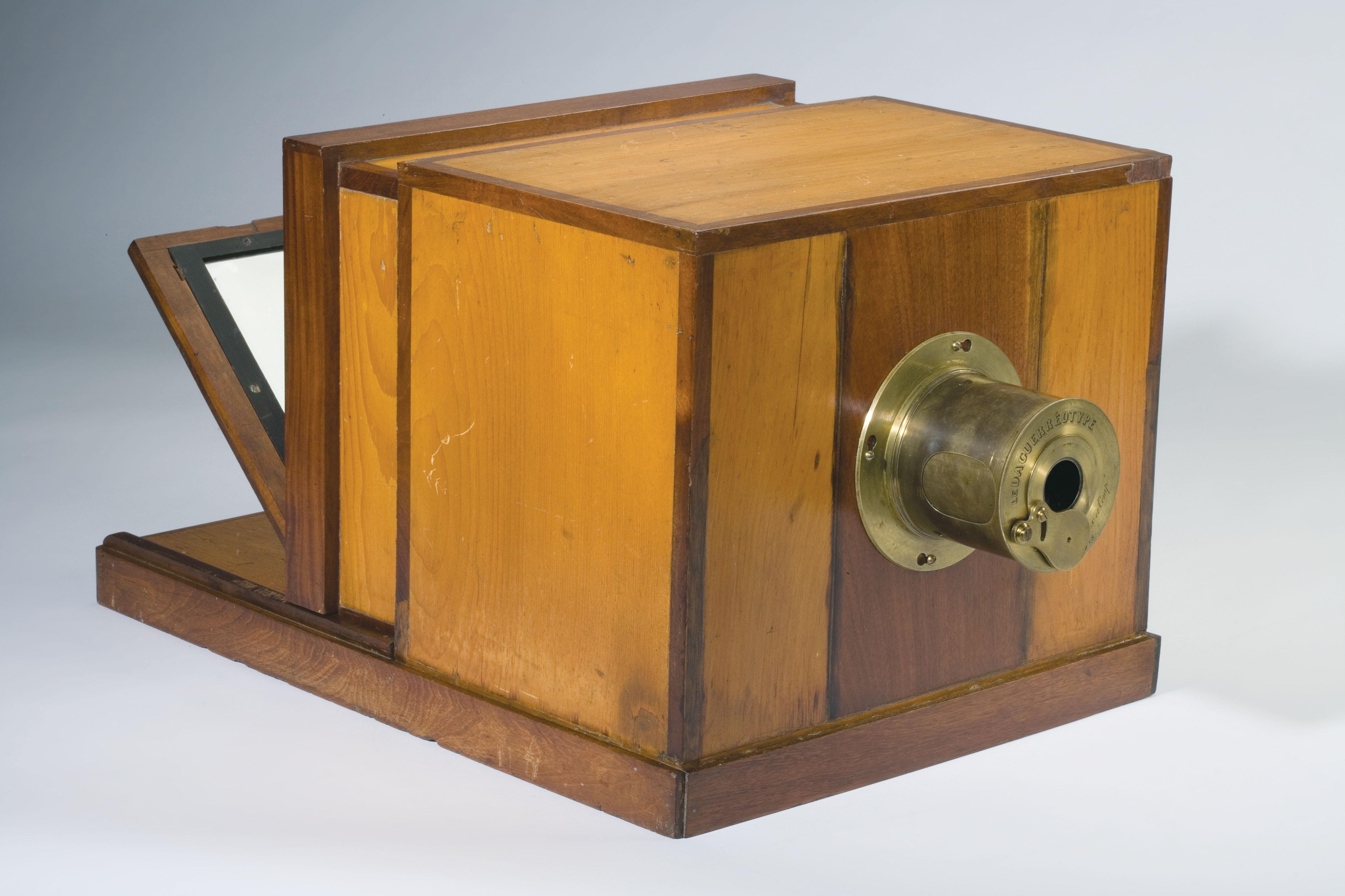 помощью дагерротип и на как называется фотоаппарат этих предметов