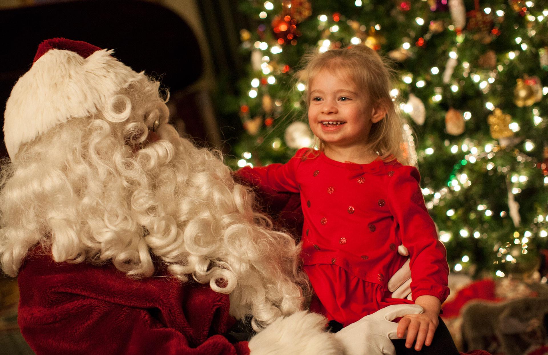 HOliday Homecoming- Santa and Girl