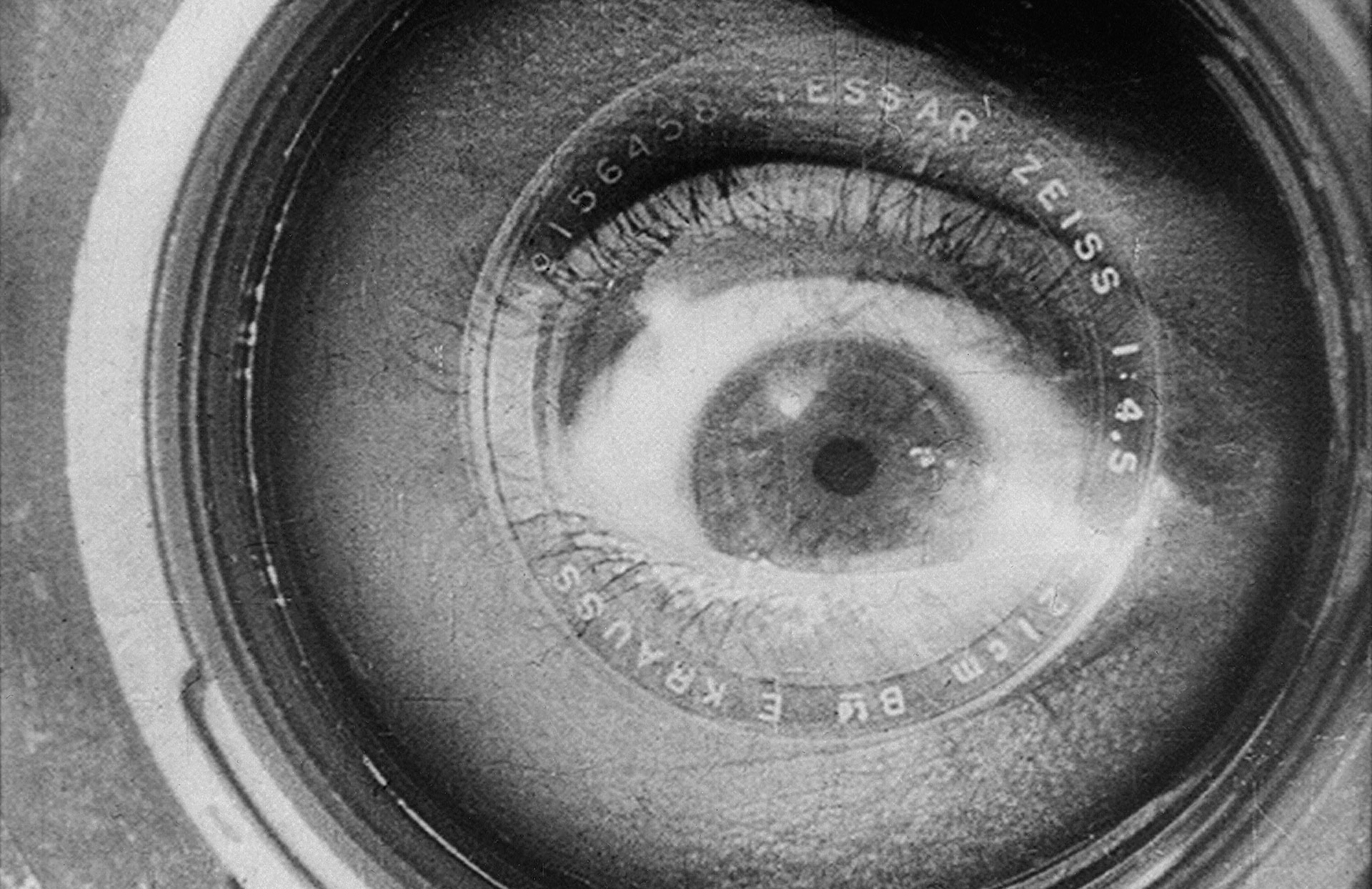 essay on the man with a movie camera Kieron corless explores the subversive, indeterminate nature of the essay film   tagged with: essay film, kireron corless, man with a movie camera,.