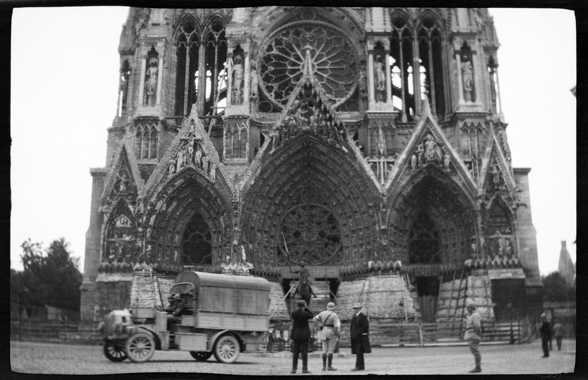 Rheims Cathedral protected from bombardment by sandbags