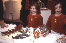 Children from 2002 looking at gingerbread